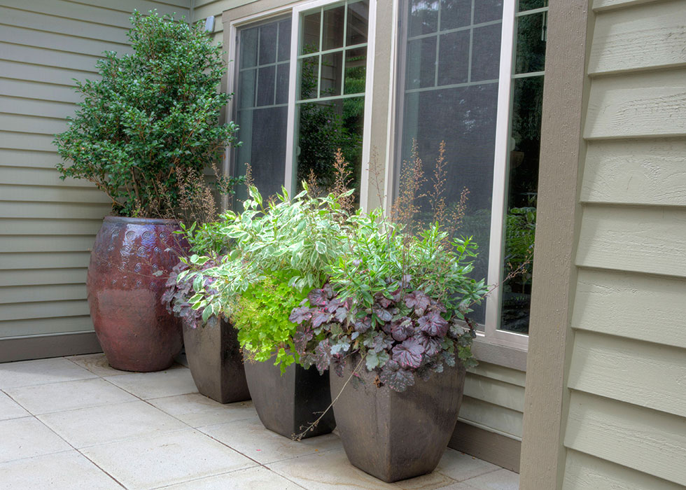 100 small yard container gardening to 10 tips for making the most of small outdoor living - Small space container gardens design ...