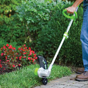 cordless string trimmer