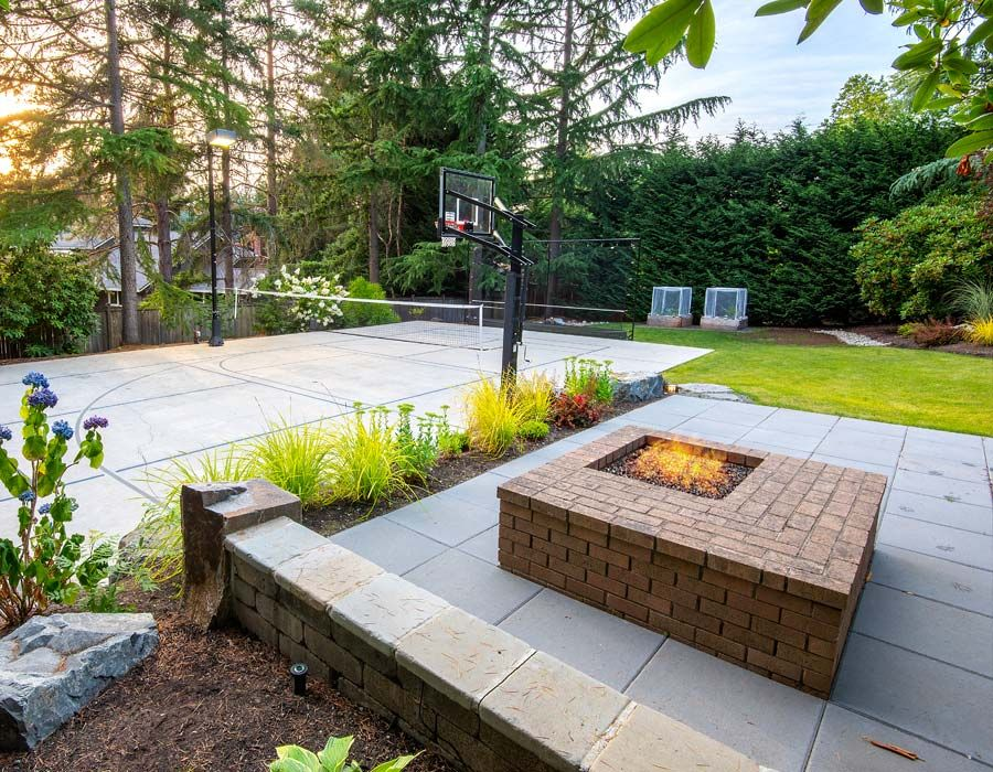 Modern Firepit Patio