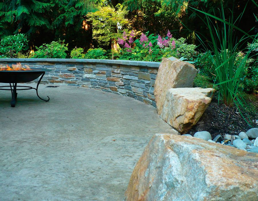Patio with Ledgestone Sitting Wall