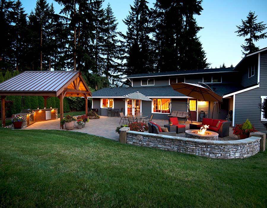 Day or Night Outdoor Living